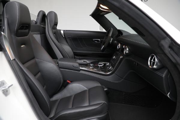 Used 2012 Mercedes-Benz SLS AMG for sale $159,900 at Alfa Romeo of Westport in Westport CT 06880 19