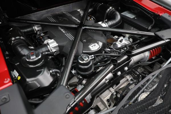 Used 2017 Lamborghini Aventador LP 750-4 SV for sale $599,900 at Alfa Romeo of Westport in Westport CT 06880 26
