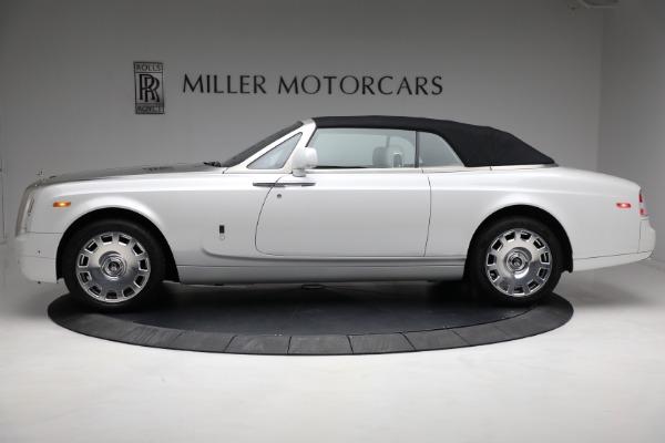 Used 2017 Rolls-Royce Phantom Drophead Coupe for sale $379,900 at Alfa Romeo of Westport in Westport CT 06880 11