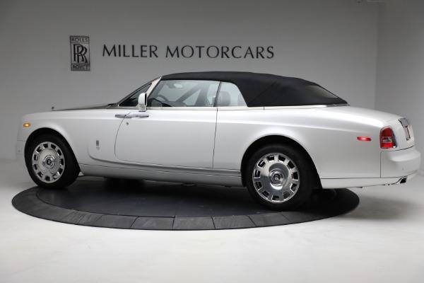 Used 2017 Rolls-Royce Phantom Drophead Coupe for sale $379,900 at Alfa Romeo of Westport in Westport CT 06880 12