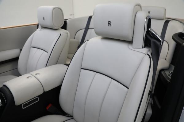 Used 2017 Rolls-Royce Phantom Drophead Coupe for sale $379,900 at Alfa Romeo of Westport in Westport CT 06880 18