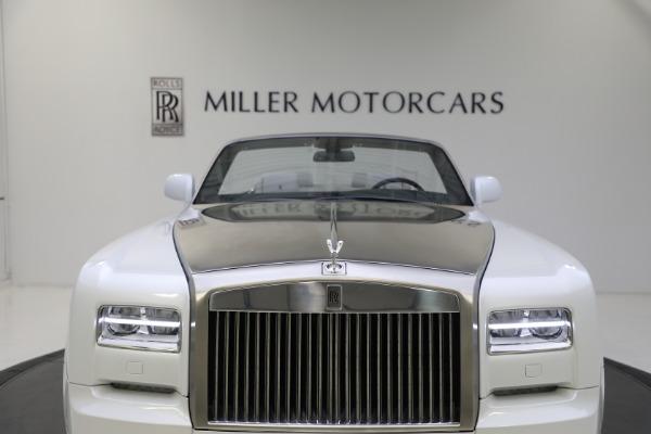Used 2017 Rolls-Royce Phantom Drophead Coupe for sale $379,900 at Alfa Romeo of Westport in Westport CT 06880 28