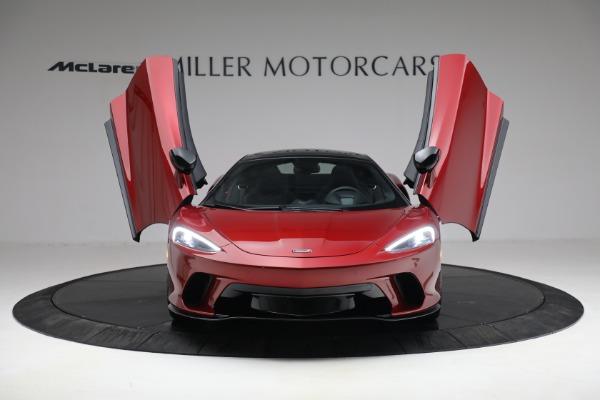 New 2021 McLaren GT for sale $217,275 at Alfa Romeo of Westport in Westport CT 06880 12