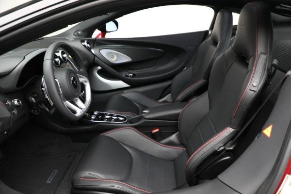 New 2021 McLaren GT for sale $217,275 at Alfa Romeo of Westport in Westport CT 06880 21