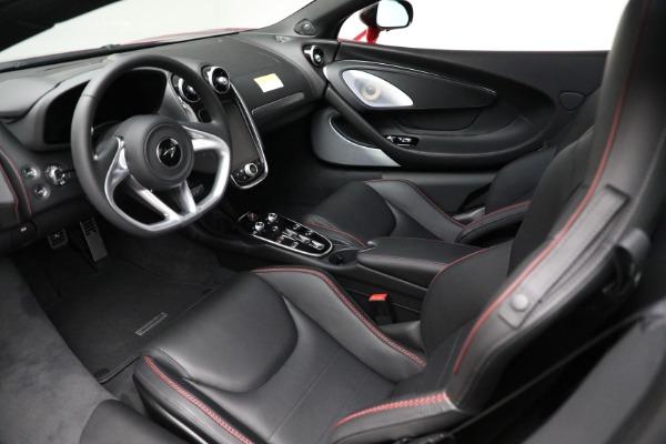 New 2021 McLaren GT for sale $217,275 at Alfa Romeo of Westport in Westport CT 06880 22