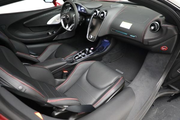 New 2021 McLaren GT for sale $217,275 at Alfa Romeo of Westport in Westport CT 06880 25