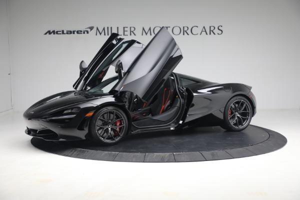 New 2021 McLaren 720S Performance for sale $344,500 at Alfa Romeo of Westport in Westport CT 06880 17