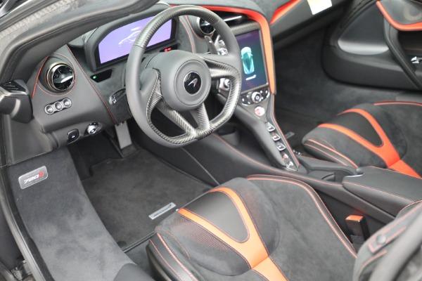 New 2021 McLaren 720S Performance for sale $344,500 at Alfa Romeo of Westport in Westport CT 06880 28