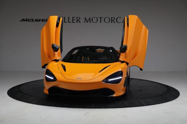 New 2021 McLaren 720S Spider for sale $378,110 at Alfa Romeo of Westport in Westport CT 06880 13
