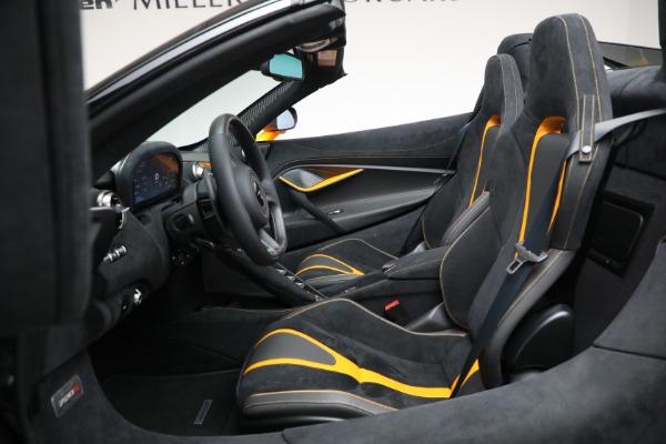 New 2021 McLaren 720S Spider for sale $378,110 at Alfa Romeo of Westport in Westport CT 06880 25