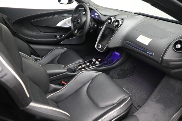 New 2021 McLaren GT Luxe for sale $217,205 at Alfa Romeo of Westport in Westport CT 06880 21