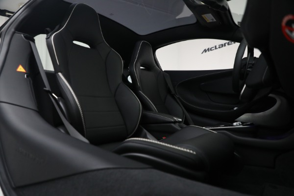 New 2021 McLaren GT Luxe for sale $217,205 at Alfa Romeo of Westport in Westport CT 06880 23