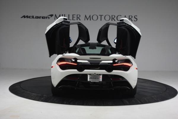 New 2021 McLaren 720S Performance for sale $352,600 at Alfa Romeo of Westport in Westport CT 06880 15