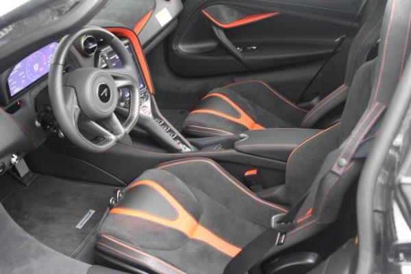 New 2021 McLaren 720S Performance for sale $352,600 at Alfa Romeo of Westport in Westport CT 06880 16