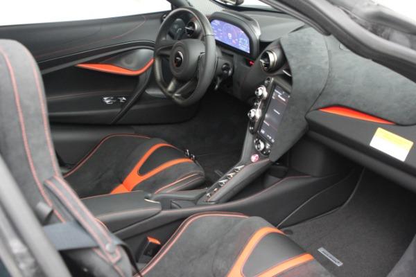 New 2021 McLaren 720S Performance for sale $352,600 at Alfa Romeo of Westport in Westport CT 06880 20