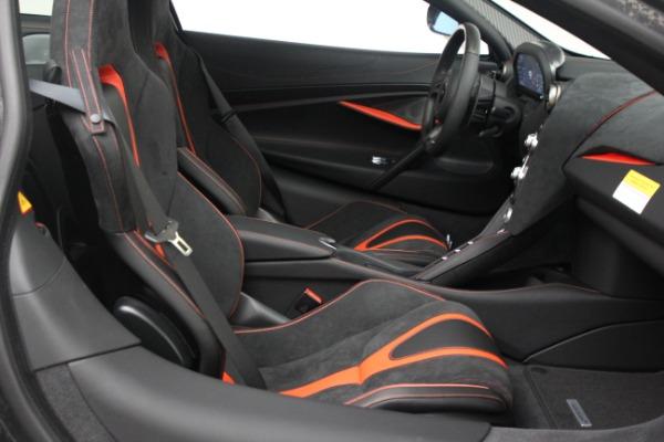 New 2021 McLaren 720S Performance for sale $352,600 at Alfa Romeo of Westport in Westport CT 06880 21