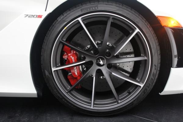 New 2021 McLaren 720S Performance for sale $352,600 at Alfa Romeo of Westport in Westport CT 06880 23