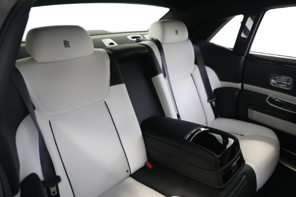 Used 2017 Rolls-Royce Ghost for sale $219,900 at Alfa Romeo of Westport in Westport CT 06880 16