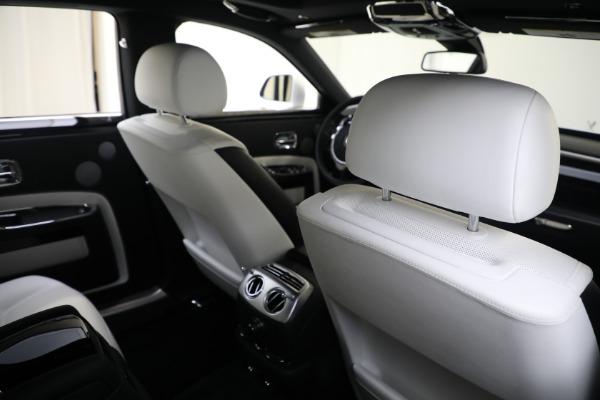 Used 2017 Rolls-Royce Ghost for sale $219,900 at Alfa Romeo of Westport in Westport CT 06880 18