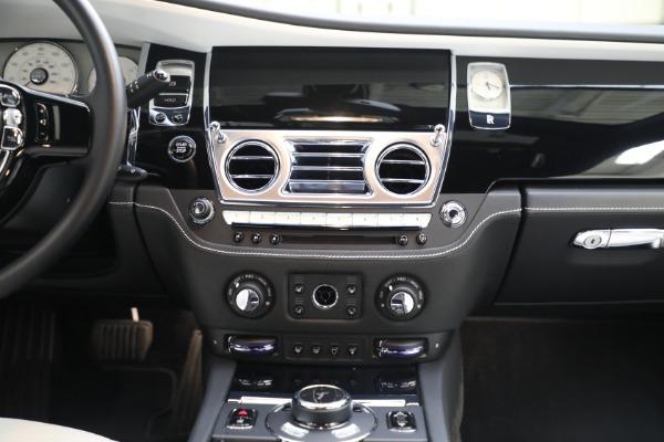 Used 2017 Rolls-Royce Ghost for sale $219,900 at Alfa Romeo of Westport in Westport CT 06880 23