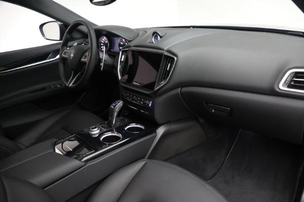 New 2021 Maserati Ghibli SQ4 for sale $92,894 at Alfa Romeo of Westport in Westport CT 06880 25