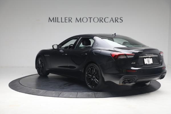 New 2021 Maserati Ghibli SQ4 for sale $92,894 at Alfa Romeo of Westport in Westport CT 06880 5