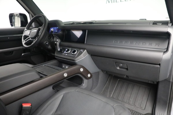 Used 2021 Land Rover Defender 90 X for sale $84,900 at Alfa Romeo of Westport in Westport CT 06880 13