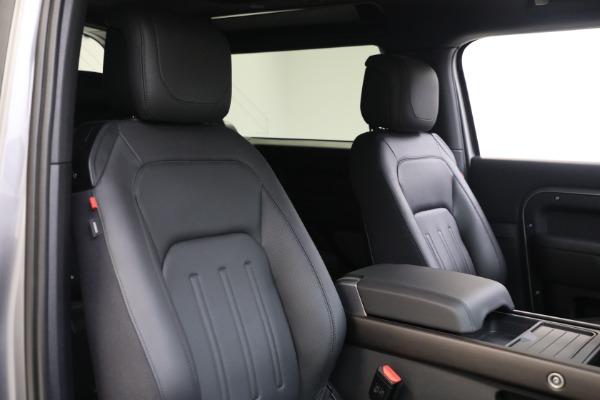 Used 2021 Land Rover Defender 90 X for sale $84,900 at Alfa Romeo of Westport in Westport CT 06880 16
