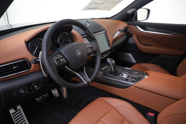 New 2021 Maserati Levante S GranSport for sale $112,799 at Alfa Romeo of Westport in Westport CT 06880 13