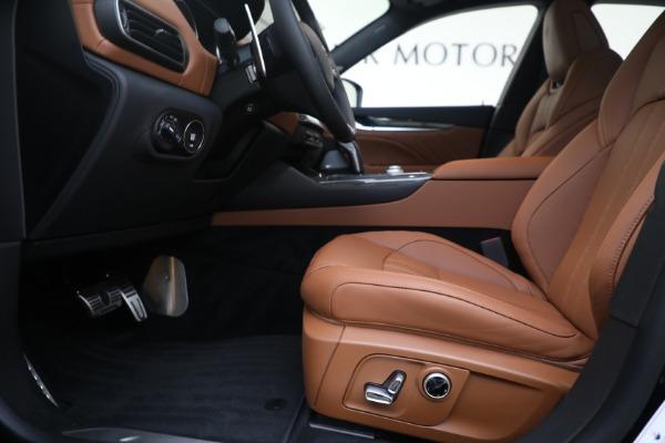 New 2021 Maserati Levante S GranSport for sale $112,799 at Alfa Romeo of Westport in Westport CT 06880 14