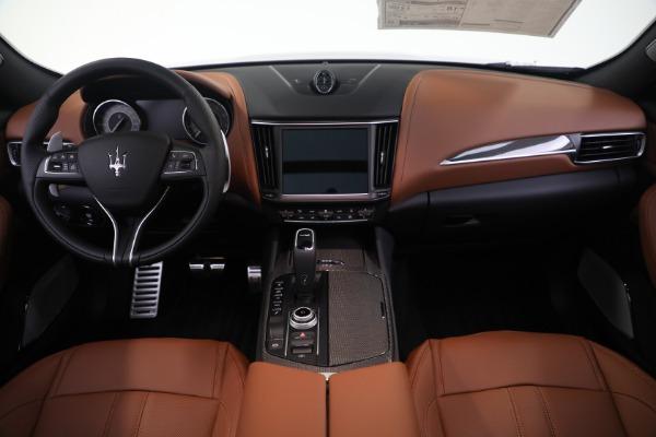 New 2021 Maserati Levante S GranSport for sale $112,799 at Alfa Romeo of Westport in Westport CT 06880 16