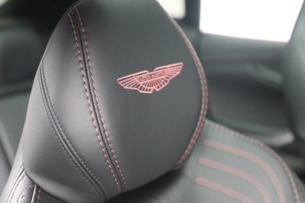 New 2021 Aston Martin DBX for sale $196,386 at Alfa Romeo of Westport in Westport CT 06880 19