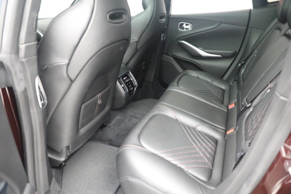 New 2021 Aston Martin DBX for sale $196,386 at Alfa Romeo of Westport in Westport CT 06880 21