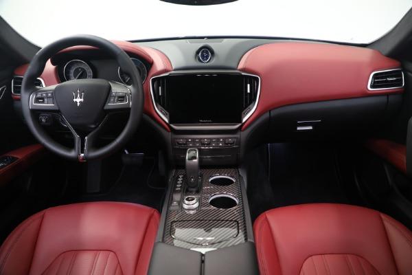 New 2021 Maserati Ghibli SQ4 GranLusso for sale Sold at Alfa Romeo of Westport in Westport CT 06880 16