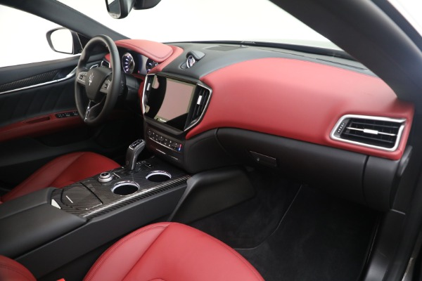 New 2021 Maserati Ghibli SQ4 GranLusso for sale Sold at Alfa Romeo of Westport in Westport CT 06880 21