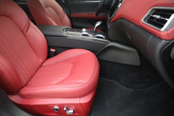 New 2021 Maserati Ghibli SQ4 GranLusso for sale Sold at Alfa Romeo of Westport in Westport CT 06880 23