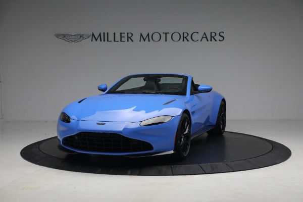 New 2021 Aston Martin Vantage Roadster for sale $186,386 at Alfa Romeo of Westport in Westport CT 06880 11