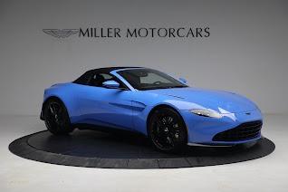 New 2021 Aston Martin Vantage Roadster for sale $186,386 at Alfa Romeo of Westport in Westport CT 06880 17