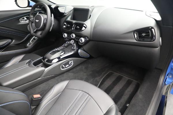 New 2021 Aston Martin Vantage Roadster for sale $186,386 at Alfa Romeo of Westport in Westport CT 06880 23