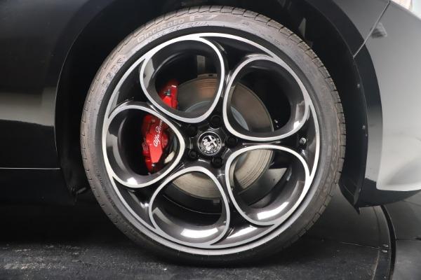 New 2022 Alfa Romeo Giulia Veloce for sale $52,045 at Alfa Romeo of Westport in Westport CT 06880 22