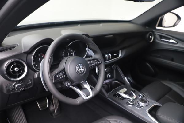 New 2022 Alfa Romeo Stelvio Sprint for sale $52,305 at Alfa Romeo of Westport in Westport CT 06880 13