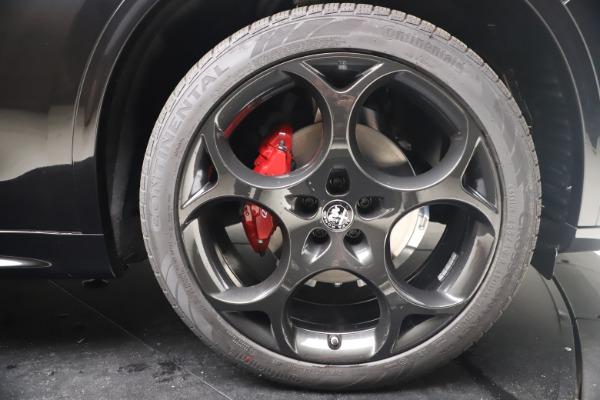 New 2022 Alfa Romeo Stelvio Veloce for sale $57,405 at Alfa Romeo of Westport in Westport CT 06880 24
