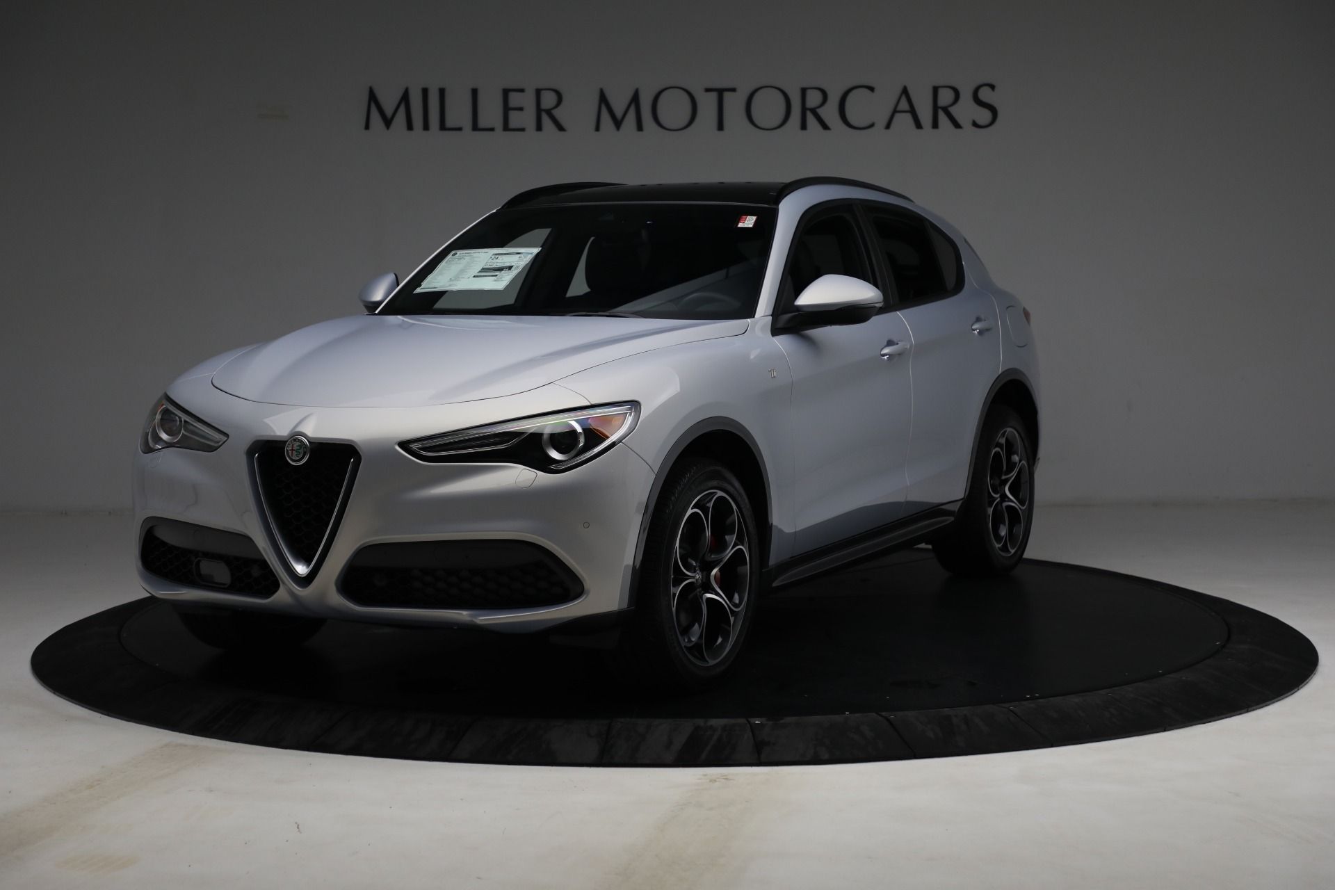 New 2022 Alfa Romeo Stelvio Ti for sale $55,805 at Alfa Romeo of Westport in Westport CT 06880 1