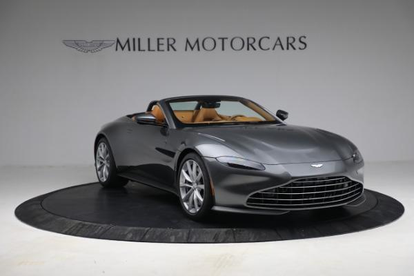 New 2021 Aston Martin Vantage Roadster for sale $174,586 at Alfa Romeo of Westport in Westport CT 06880 10