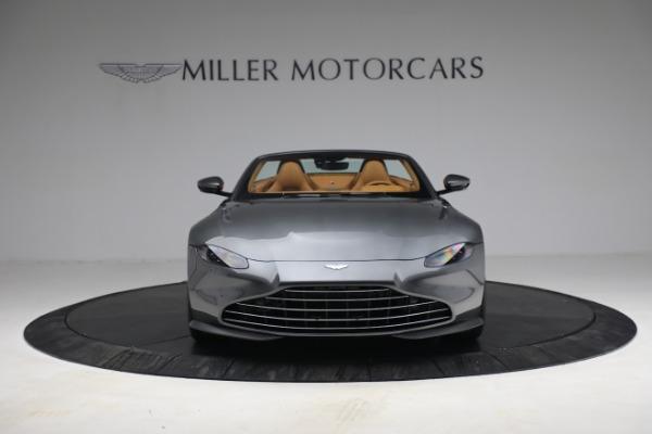 New 2021 Aston Martin Vantage Roadster for sale $174,586 at Alfa Romeo of Westport in Westport CT 06880 11