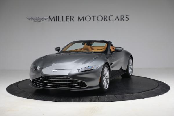 New 2021 Aston Martin Vantage Roadster for sale $174,586 at Alfa Romeo of Westport in Westport CT 06880 12