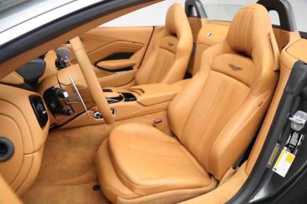 New 2021 Aston Martin Vantage Roadster for sale $174,586 at Alfa Romeo of Westport in Westport CT 06880 14