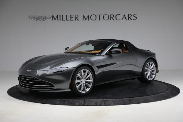 New 2021 Aston Martin Vantage Roadster for sale $174,586 at Alfa Romeo of Westport in Westport CT 06880 18