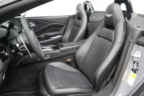 New 2021 Aston Martin Vantage Roadster for sale $180,286 at Alfa Romeo of Westport in Westport CT 06880 15