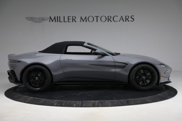 New 2021 Aston Martin Vantage Roadster for sale $180,286 at Alfa Romeo of Westport in Westport CT 06880 24